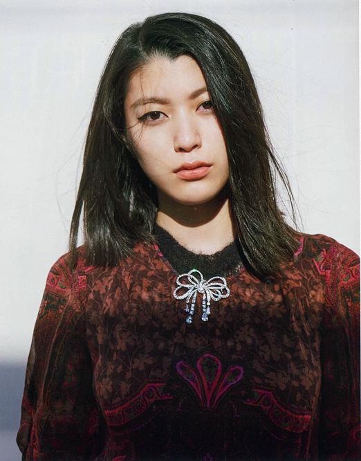 L'OFFICIEL Japan Riko Narumi