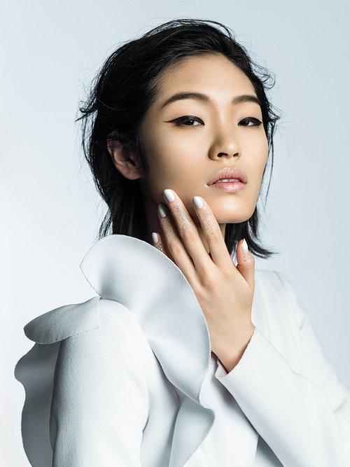 VOGUE Japan / Chiharu Okunugi