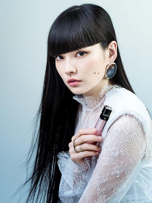 VOGUE Japan / Clé de Peau Beauté / Kozue Akimoto