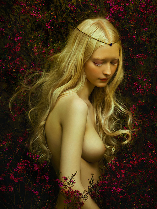 Motherland Chronicles / Eurydice